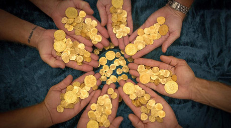 Florida divers find $4.5mn in gold coins from sunken 18th century Spanish fleet (PHOTOS)