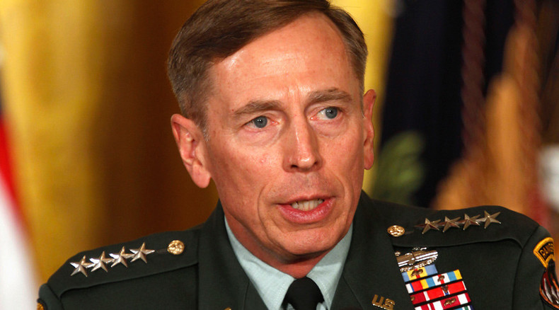 Former CIA director Petraeus wants to use Al-Qaeda to fight ISIS – report