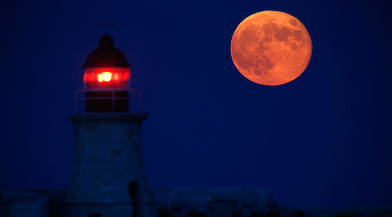Supersize moon & total eclipse combo to leave stargazers in awe on Sept. 28