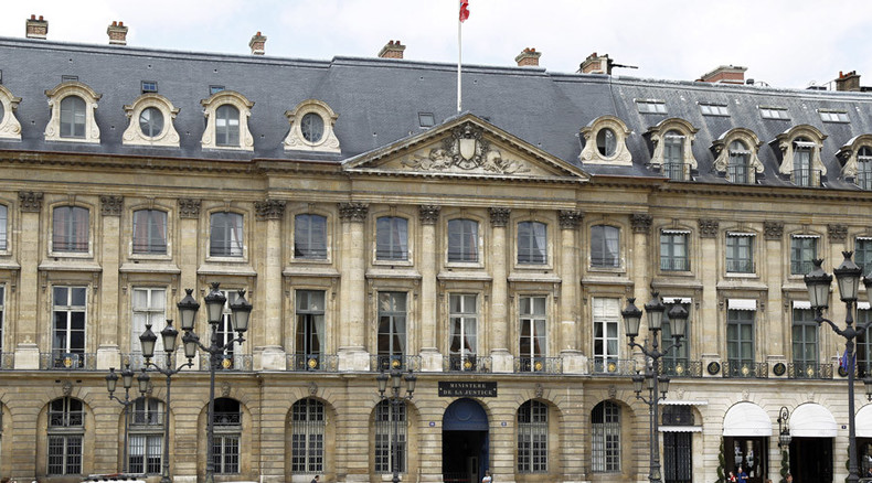French Justice Ministry hired '40,500 undeclared workers'