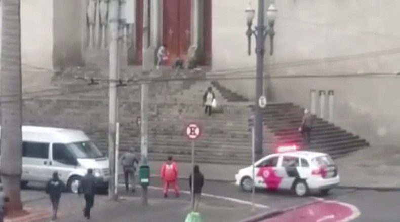 Hostage crisis ends in bloodshed on steps of Sao Paulo cathedral (VIDEO)