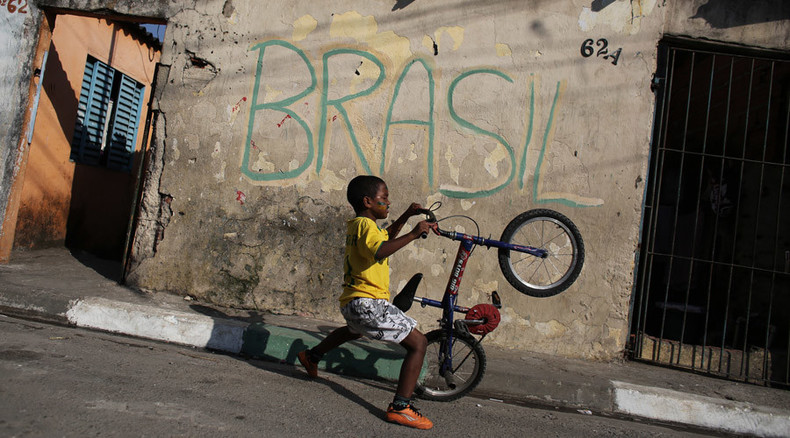 Brazil's credit rating cut to 'junk'