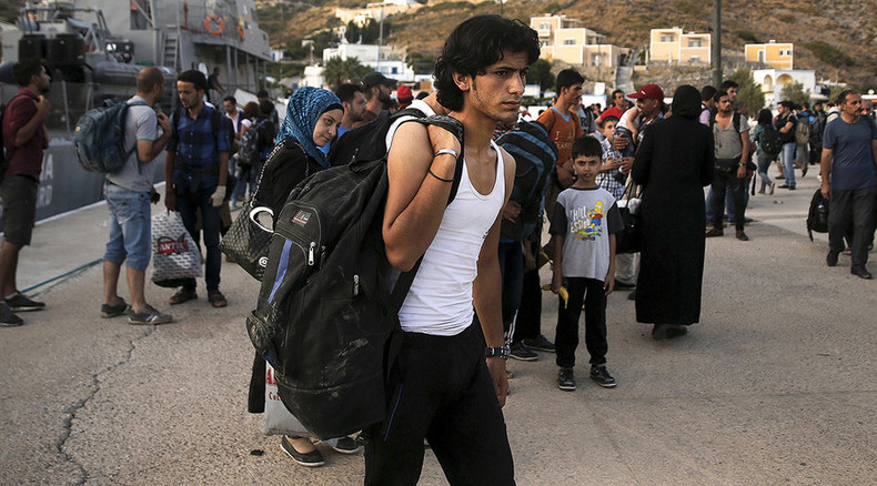 US needs to take 100,000 Syrian refugees – House Democrats to Obama