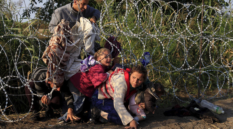 'Razor wire is for criminals': German firms refuse to sell materials for Hungary's refugee fence