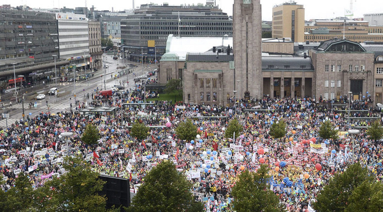 30k Finns protest govt-planned cuts, nationwide strike grinds country to a halt (PHOTOS, VIDEO)