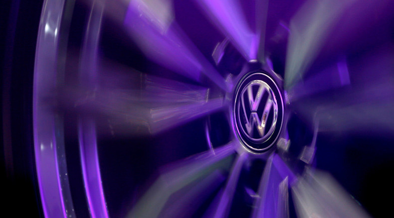 VW shares sink 25% after $18bn air pollution scandal