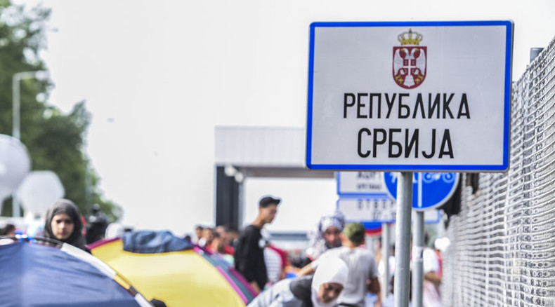 EU refugee crisis: Traffic between Croatia and Serbia halted after reciprocal bans imposed