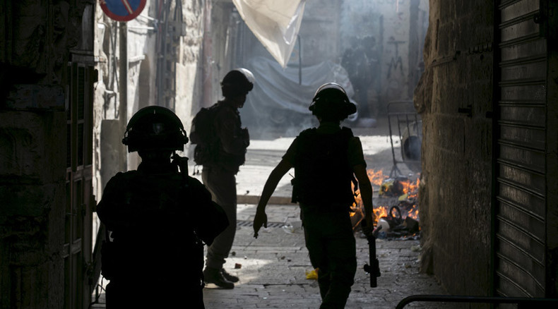 Clashes erupt at Jerusalem's Al-Aqsa mosque compound between worshippers and security forces