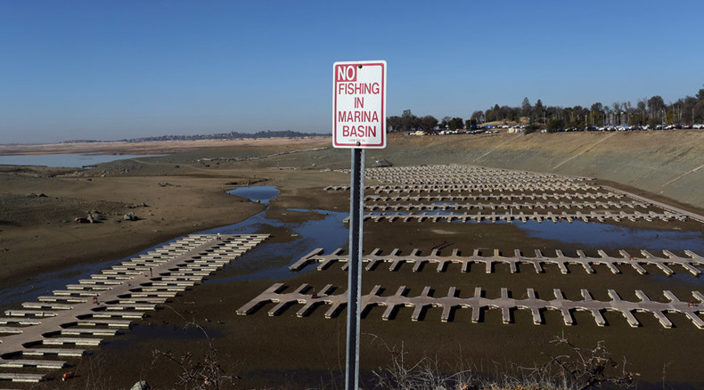 Startling viral video shows lake drying up in drought-ridden California