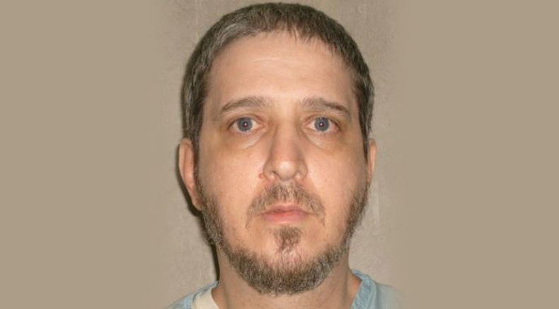 Governor delays execution of Richard Glossip until November 6
