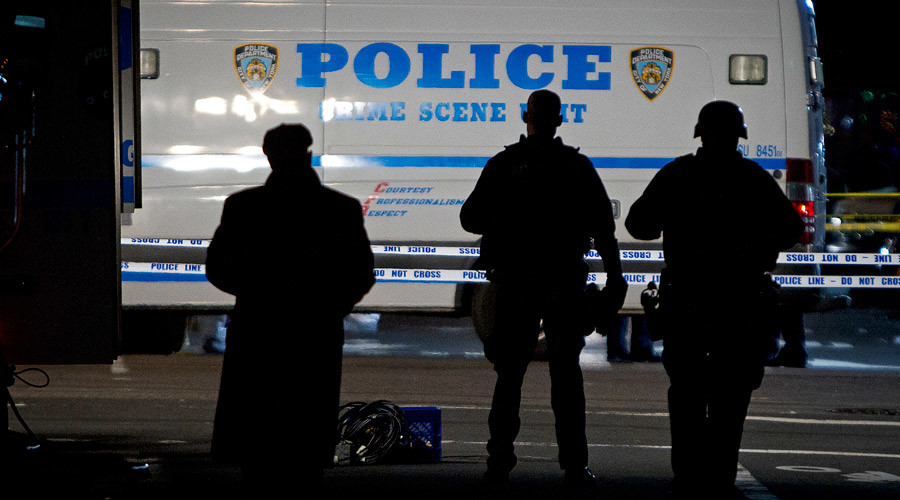 Minority police officers sue NYPD over illegal arrest quotas