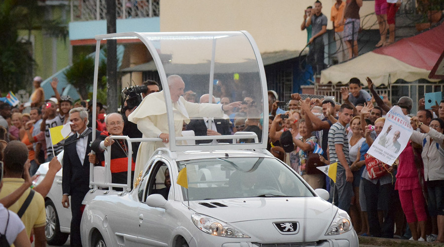Che Guevara's daughter refuses to attend Pope Francis mass in Cuba