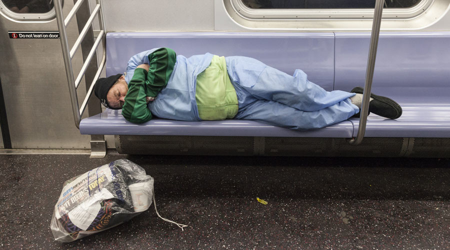 Hundreds of NYC workers homeless, as mayor to offer permanent housing
