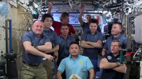 No drama in space! ISS crew members open up about life in orbit (VIDEO)