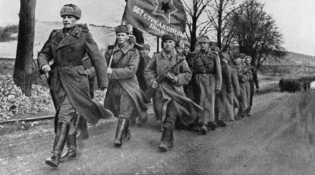 562 rifle regiment during a march. February 1945. Soviet troops in liberated Poland. World War II (1939-1945). Reproduction. © Vitaliy Saveliev