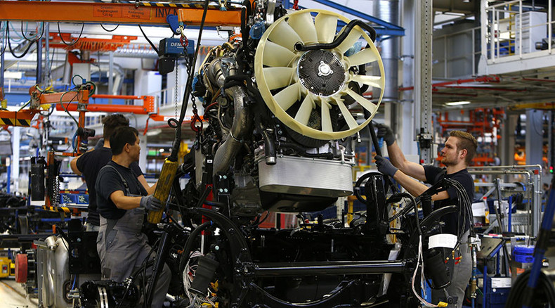 German factory orders fall as global growth slows
