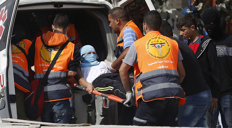39 Palestinians injured in clashes with IDF in Ramallah – reports (VIDEO)