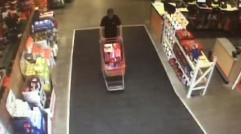 Trigger happy bystander fires at shoplifters' getaway car, could face charges