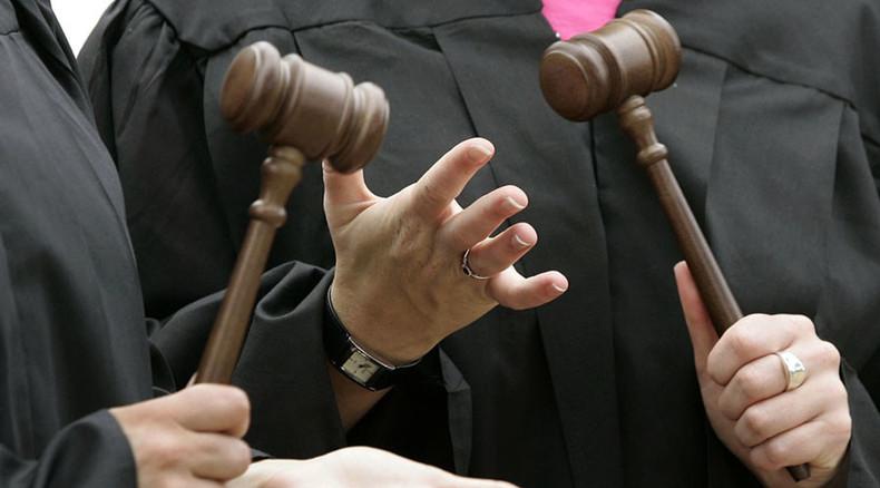 5 craziest lawsuits in America in 2015