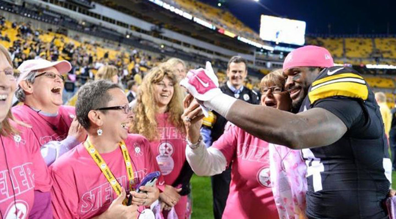 NFL star to honor mother, pay for 53 mammograms after league refuses to extend 'Pinktober'