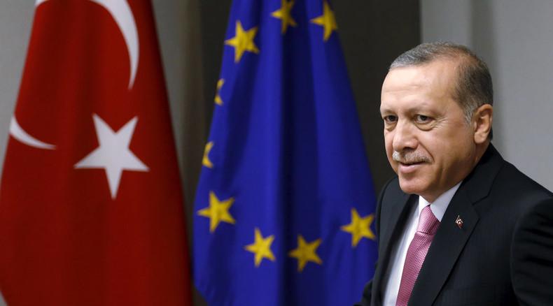 €3bn, visa deal & EU access talks if Turkey stops refugee flow to Europe
