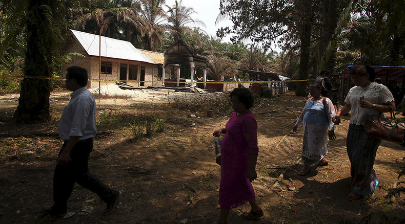 Christian churches in Indonesia province to be closed over Muslim groups' pressure