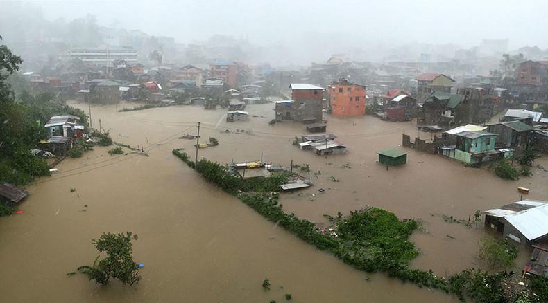 Typhoon Koppu hits Philippines, kills at least 16, displaces 60,000 (PHOTOS, VIDEOS)