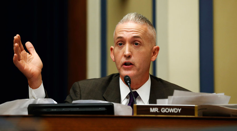 Benghazi panel outs CIA source it accused Clinton of not protecting