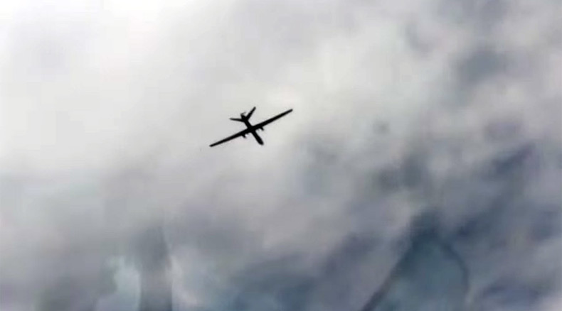 'Too many aircraft in Syrian airspace': MoD posts video with Russian jet approaching drone