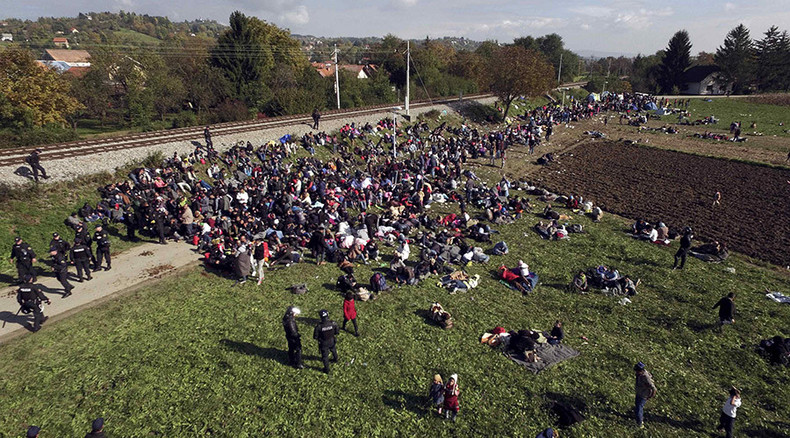 Hungary won't open 'corridors' for refugees on its southern borders