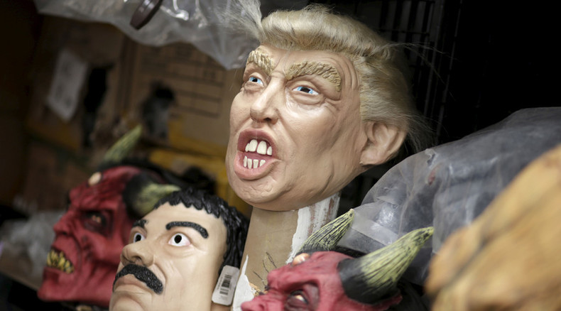 Terrifying Trump mask a hit for Mexico Halloween (VIDEO)