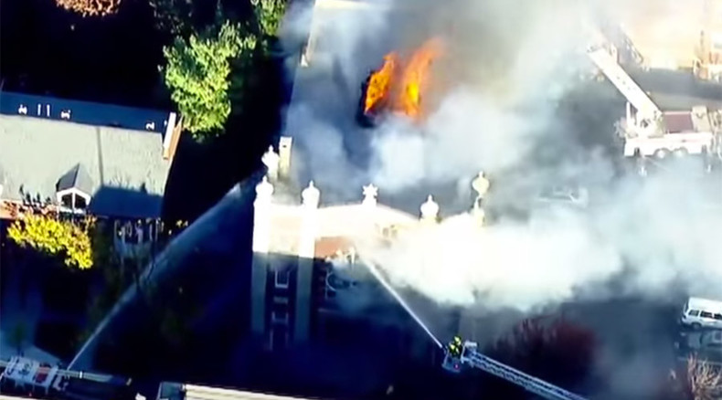 Massive fire engulfs historic synagogue in New Jersey