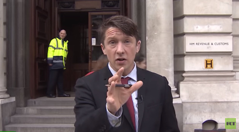 'Real f***ing news' on RT: Raging reporter Jonathan Pie delivers it raw on UK economy (VIDEO)