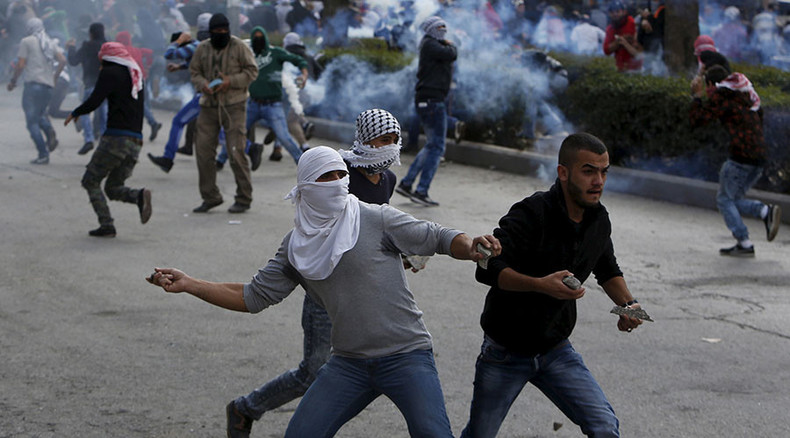 Live ammo & Molotovs: Dozens of Palestinians injured in vicious clashes with Israelis (VIDEOS)