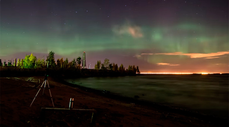 Multicolor splash: Stunning timelapse video shows dazzling Northern Lights in St. Petersburg