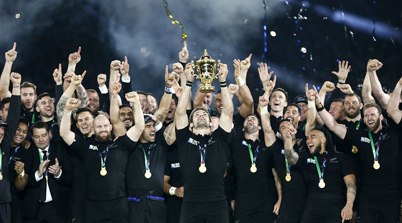 New Zealand 34-17 Australia: All Blacks crush Wallabies to retain Rugby World Cup