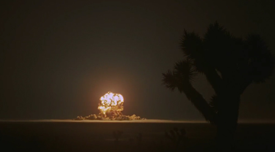 Previously unseen footage of US 1955 nuke tests in Nevada (HD VIDEO)
