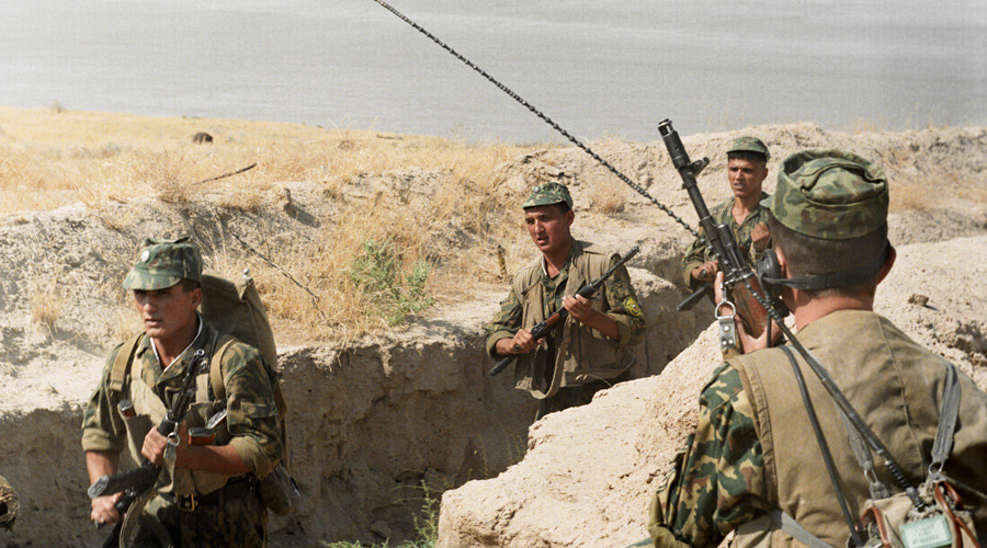 Russia may send border guards to Tajikistan to fend off ISIS - Defense Ministry