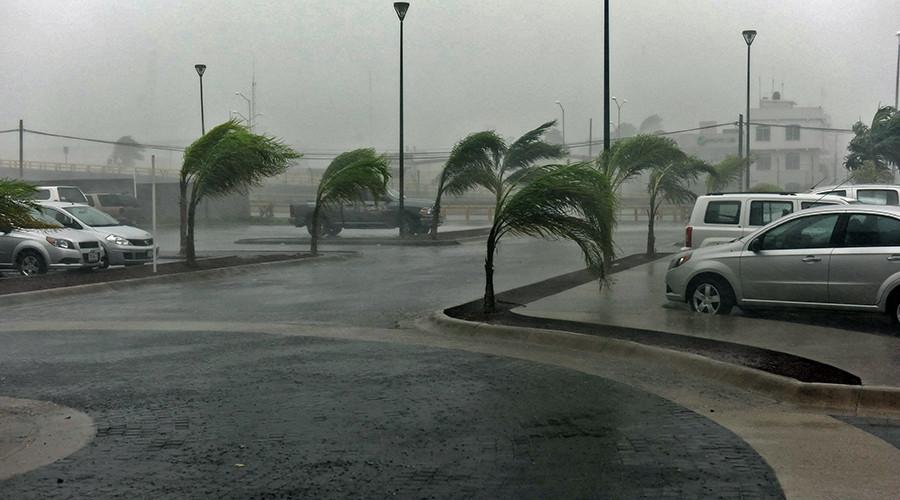 Monstrous Hurricane Patricia rips through Mexico, wreaking havoc (PHOTOS, VIDEOS)