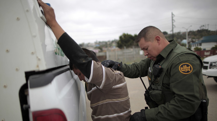 Federal deportation effort begins with pre-dawn raids targeting immigrant families