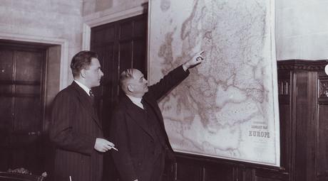 Hitler invades Russia: Soviet ambassador Maisky's view from London
