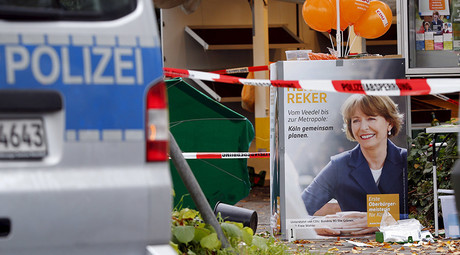 Man stabs German mayoral candidate in the neck over refugee policy