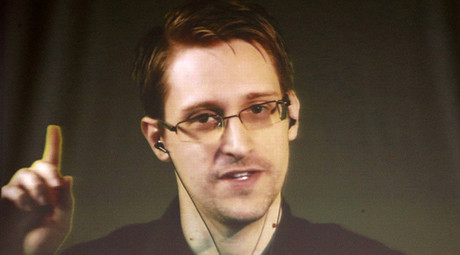 'Game-changer': European Parliament votes in favor of 'dropping charges' against Snowden