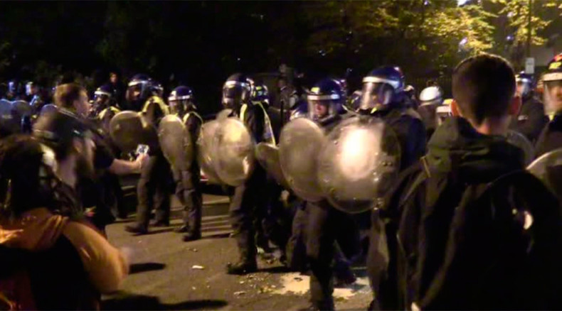 Clashes erupt overnight as London police crack down on partygoers (PHOTO, VIDEO)