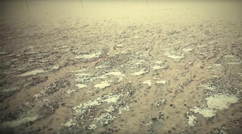 Huge ice flash flood sweeps across Saudi Arabia (VIDEO)