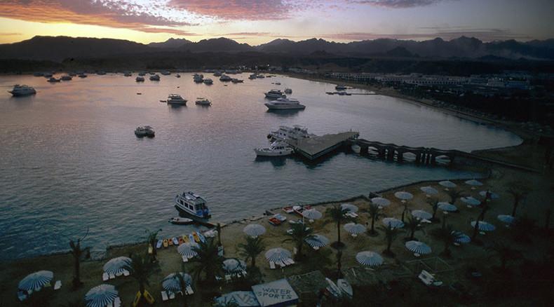 Sinai air crash threatens Egypt's tourism lifeline
