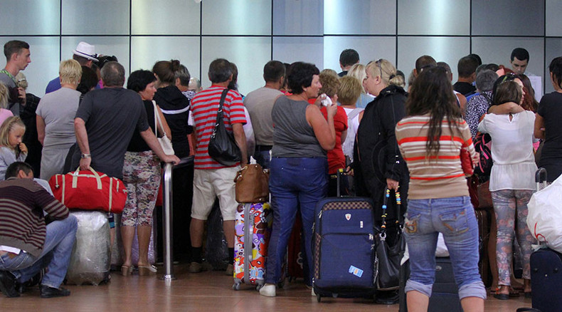 Egypt exodus: First evacuated Sharm el-Sheikh Britons land in London