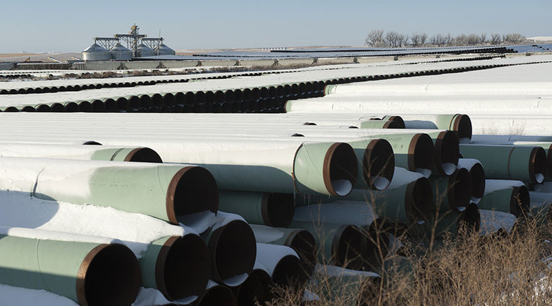 Obama rejects Keystone XL pipeline over environmental concerns