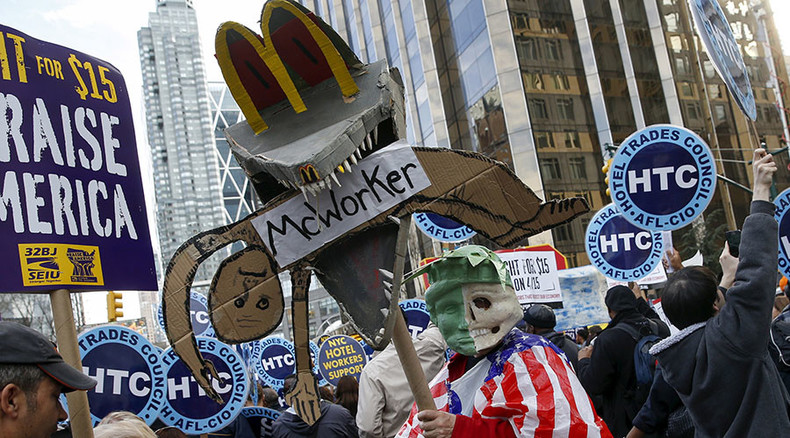 Workers in 200+ cities nationwide rally for higher minimum wage