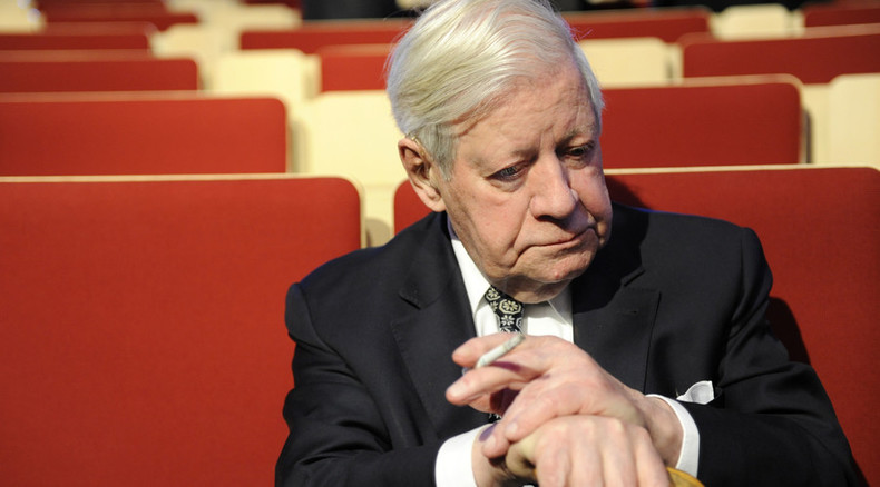 Helmut Schmidt's last cigarette: Europe has lost a voice of reason